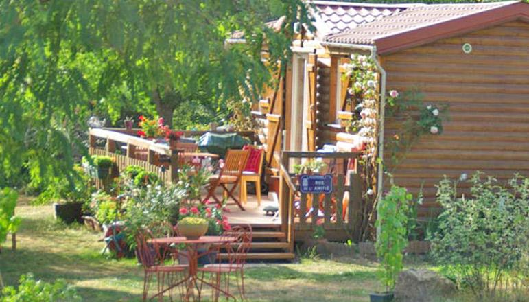 Camping 1 étoile L'Hacienda - Yzeron (69) - Rhône