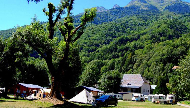 Camping 1 étoile Le Grand Calme - Allemont (38) - Isère