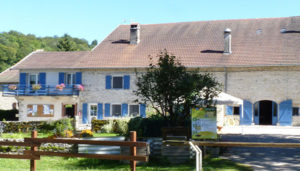 Camping 3 étoiles du Gît – Montigny sur l'Ain (39)
