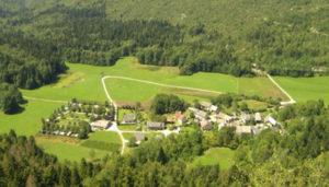Camping 2 étoiles La Bruyère – Saint-Jean-de-Couz (73)