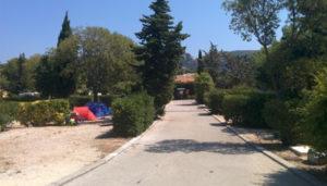 Camping 2 étoiles Les Cigales – Cassis (13)