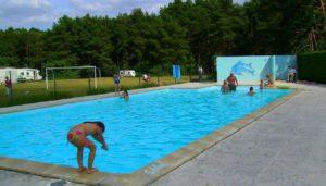 Camping 3 étoiles Les Grands Pins – Velles (36)