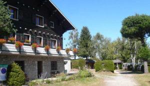 Camping 3 étoiles Les Hirondelles – Le Chambon-sur-Lignon (43)