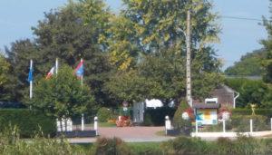 Camping 3 étoiles de l'Étang Merlin – Châteaumeillant (18)