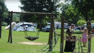Camping 2 étoiles Des 2 Rives – Étang-sur-Arroux (71)