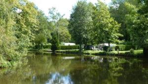 Camping 4 étoiles Parc de séjour de l'étang – Nesles-la-Vallée (95)