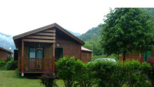 Camping Les Vigeaires – Ferrières-Saint-Mary (15)
